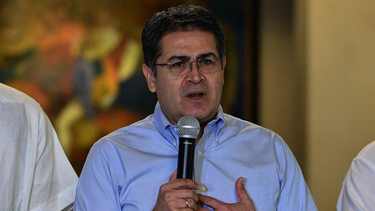 Piden cancelar visa y congelar activos al presidente Juan Orlando Hernández por supuesto vínculo con el narcotráfico