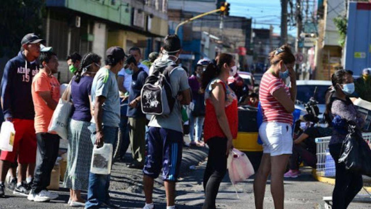 Toque de queda se extiende en 4 departamentos de Honduras y este es el calendario de circulación