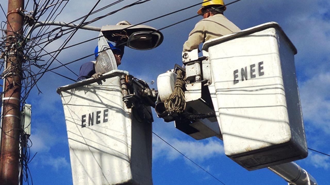 Listo dictamen para privatizar la energía eléctrica en Honduras y realizar compra con cheque en blanco: Doris Gutiérrez