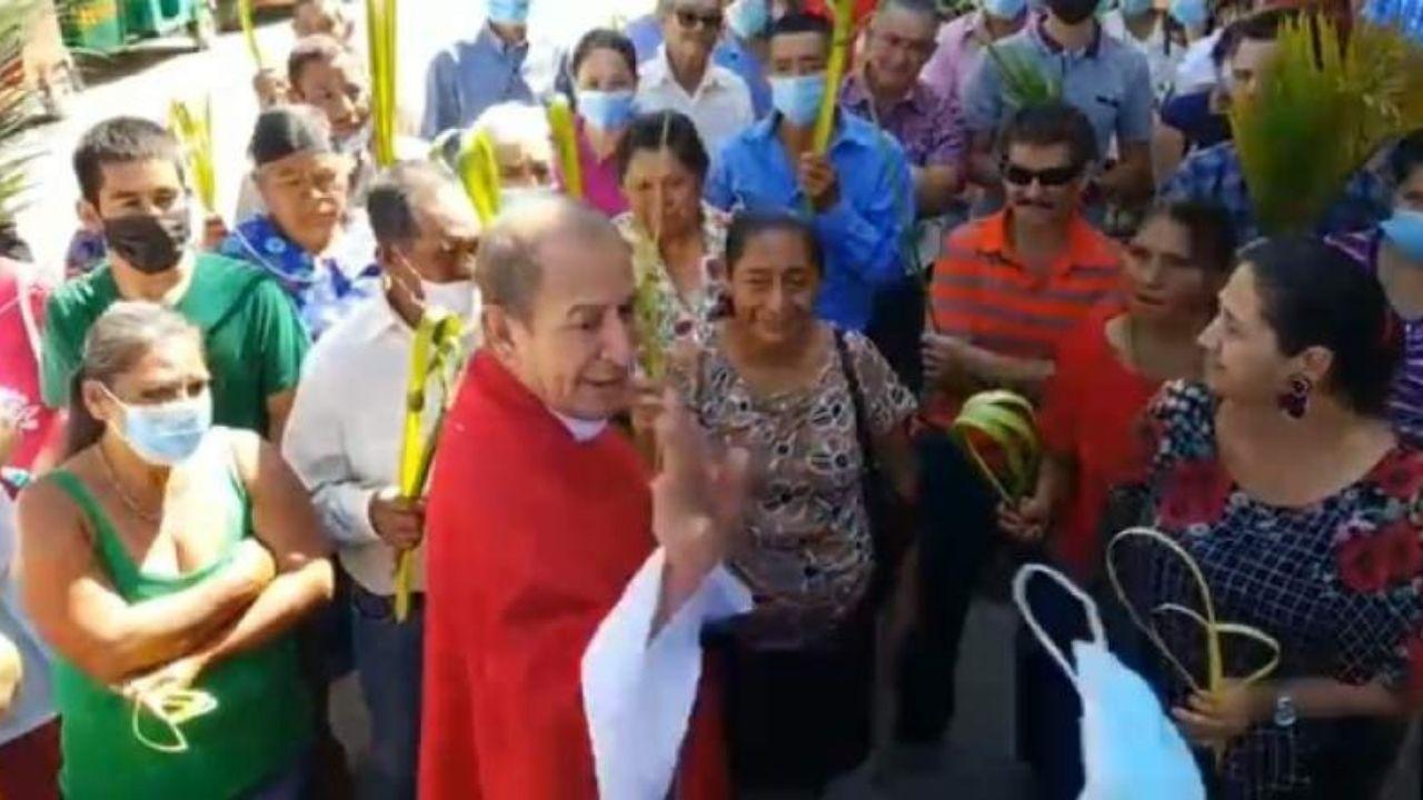 ´Si molesté a alguien, pido perdón´: sacerdote hondureño que incitó a feligreses a no usar mascarilla