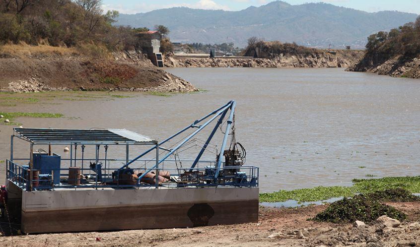 Unos $100 millones invertirá la alcaldía capitalina en proyectos de agua potable y saneamiento