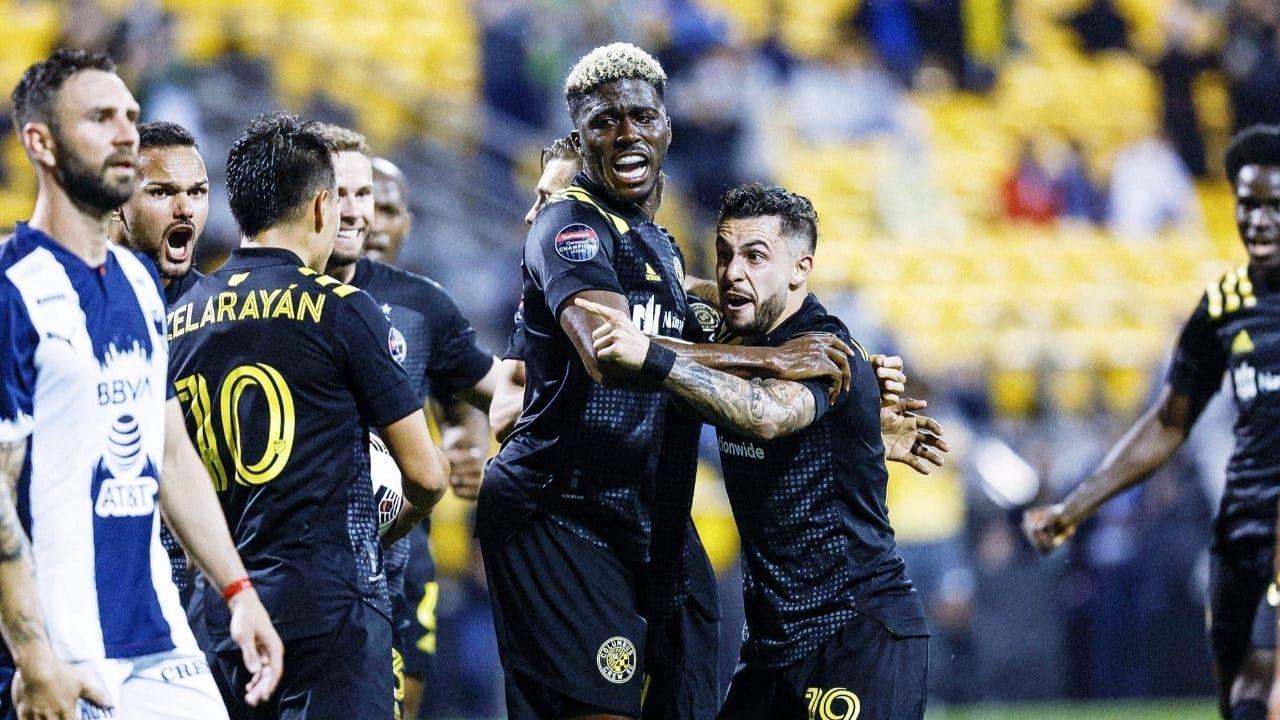 Monterrey rescató un empate de 2-2 en su visita al Columbus Crew por la ida de los cuartos de la Liga de Campeones de la Concacaf