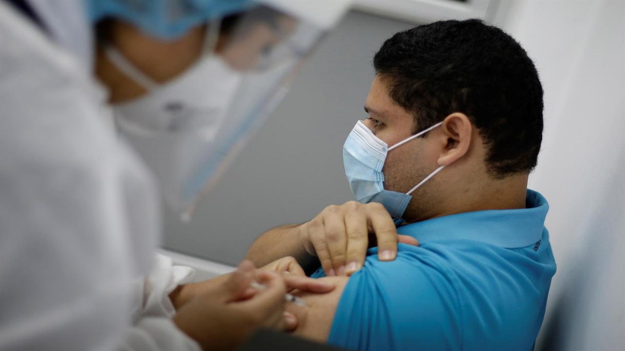 El BM dará 70 millones de dólares a El Salvador y Honduras para comprar vacunas