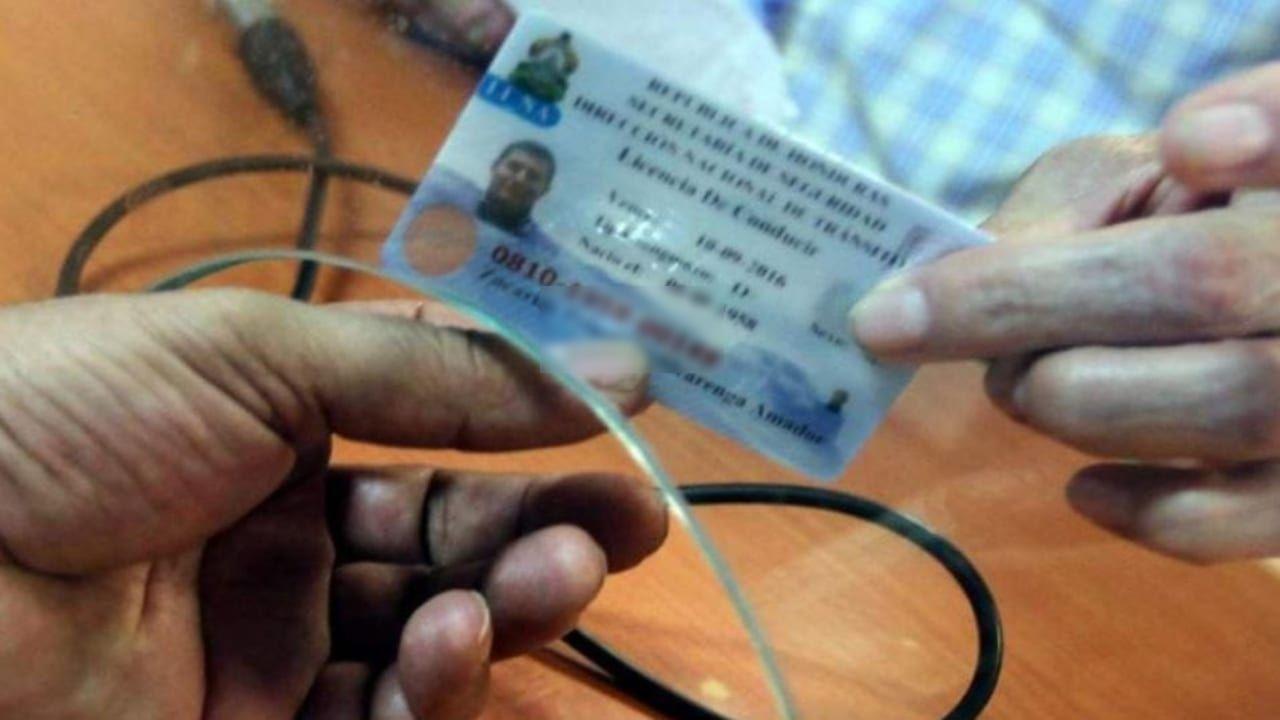 Estos son los precios y requisitos (2021) para obtener la licencia de conducir por primera vez en Honduras