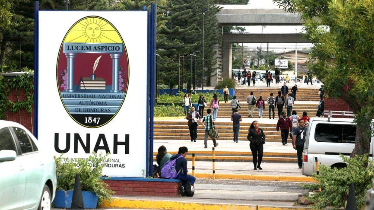 Estas carreras de la UNAH iniciarían clases semipresenciales el próximo período