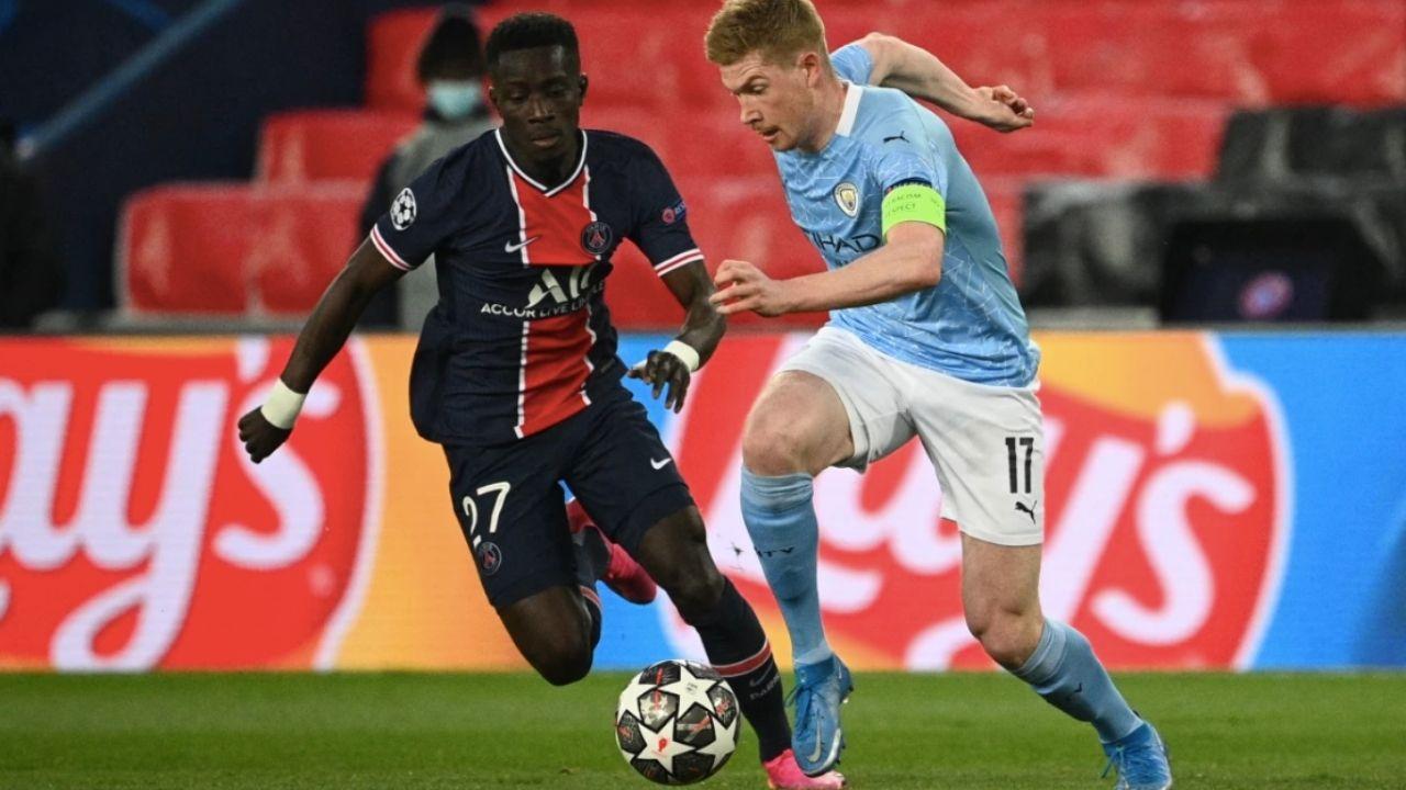 Manchester City asaltó París y  remontó 1-2 al PSG