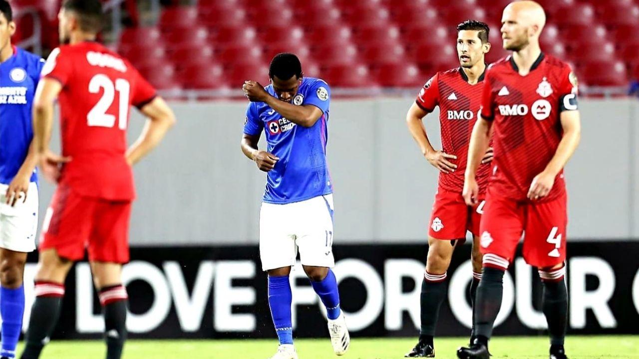 Cruz Azul venció 1-3 a Toronto FC y jugará con comodidad la vuelta de los cuartos de final de la Liga de Campeones de la Concacaf