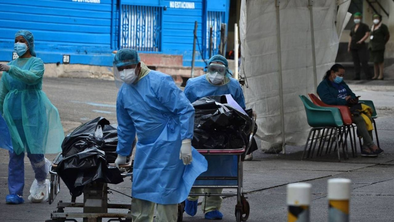 En un 33% incrementaron las muertes por covid-19 en abril; Salud advierte que mueren entre 40 y 45 personas diarias en el país