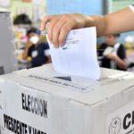 Hondureños votando por sus candidatos en las elecciones primarias 2021.