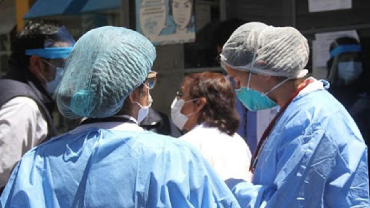 ¿Cuántas contagios y fallecidos por covid-19 registra el gremio de la enfermería en Honduras de 2020-2021?