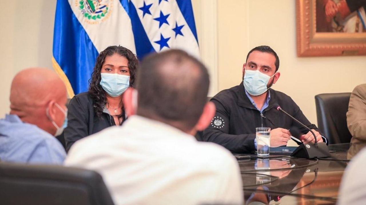 El Salvador donará a Honduras 34,000 dosis de vacunas contra el covid-19
