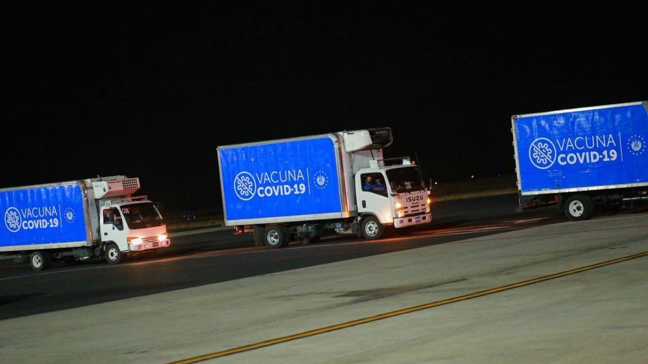 En 14 camiones serán trasladadas las vacunas que donó El Salvador a siete municipios de Honduras