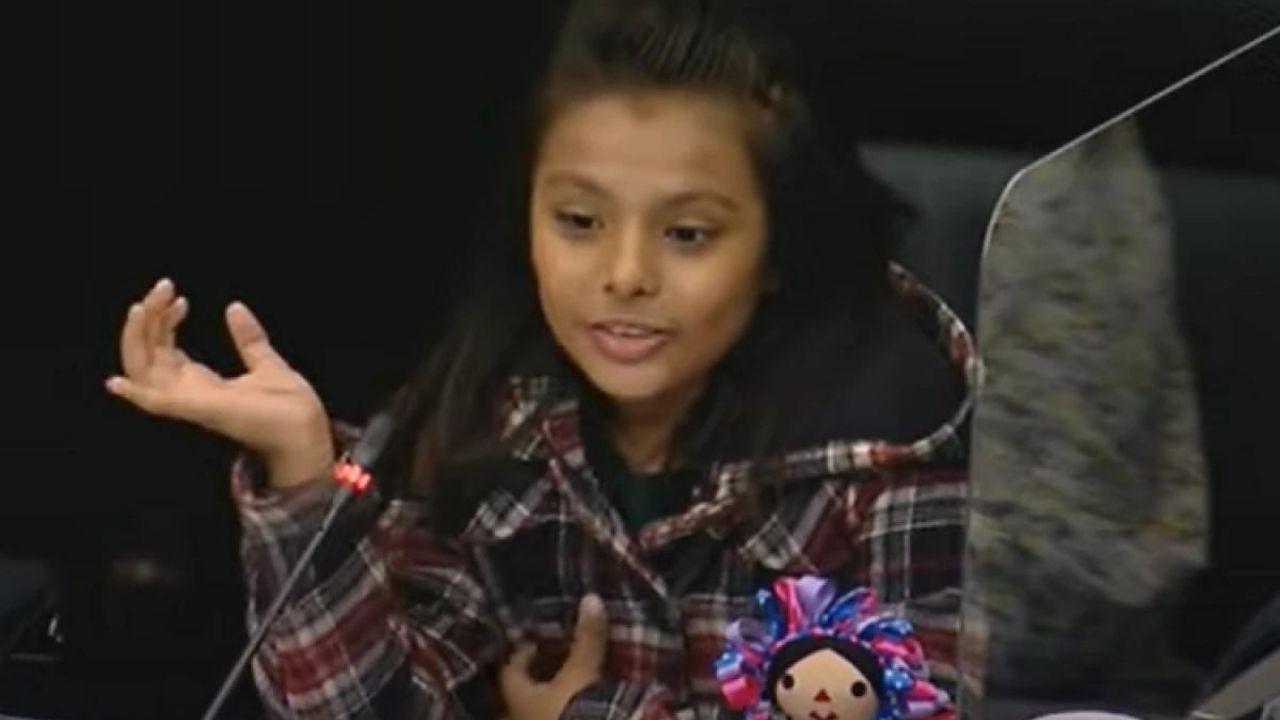 Adhara Maité Pérez Sánchez, la niña genio entre las 100 mujeres más poderosas de México
