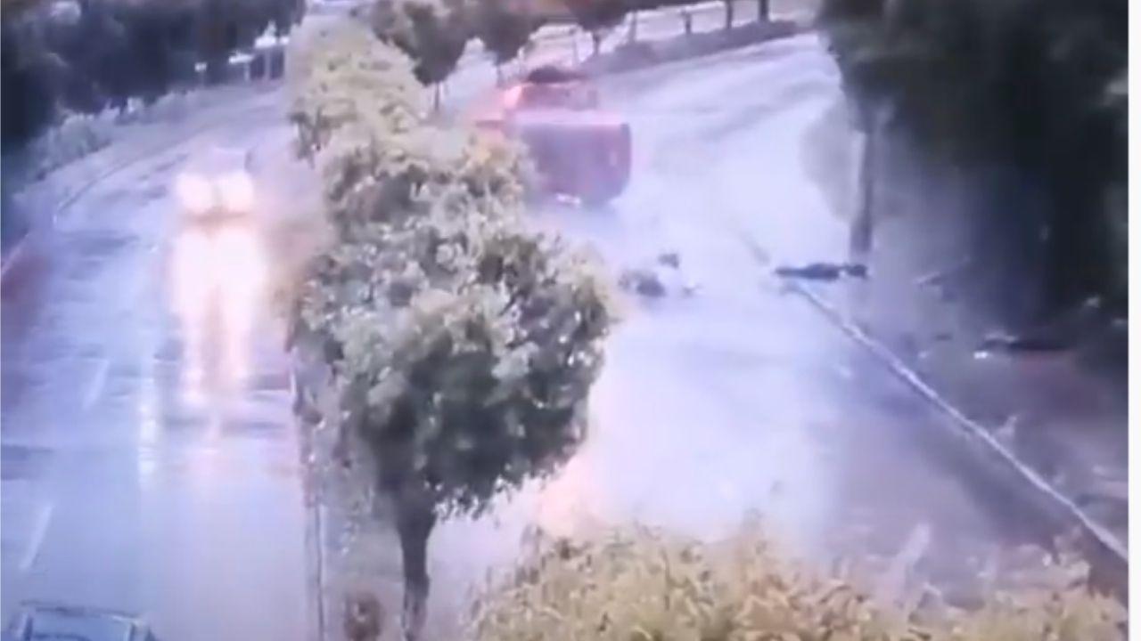 Video impactante muestra cómo camioneta se vuelca y su conductor sale volando en Tegucigalpa