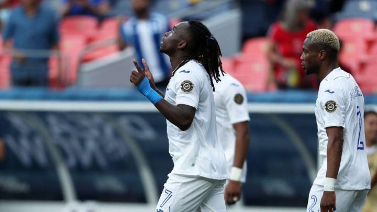 Alberth Elis y Edrick Menjívar serán bajas en el amistoso de La H contra México