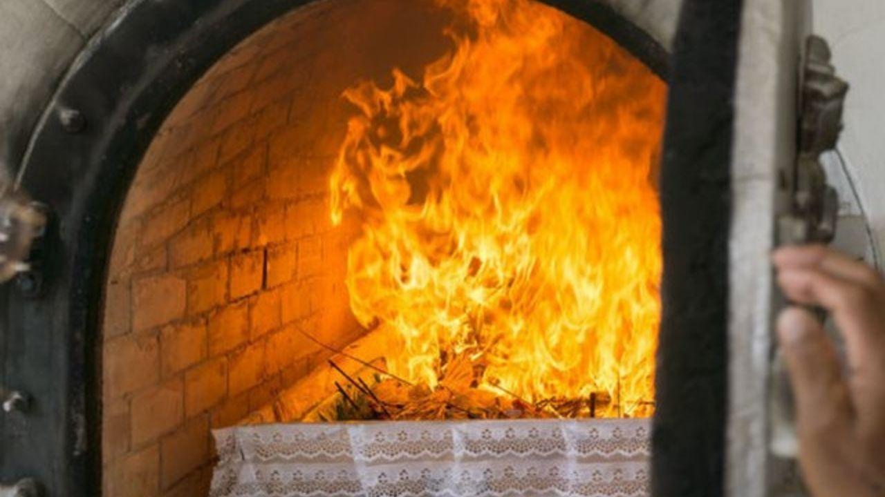 El insólito caso de la mujer que apareció viva y en casa tras ser cremada al morir por covid