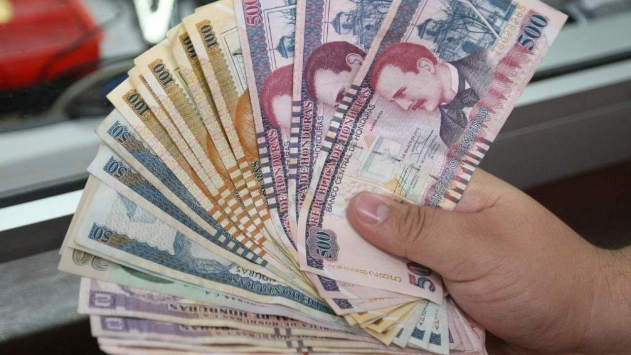 Gobierno hondureño llamará a comisión de economistas y notables para decidir nuevo salario mínimo