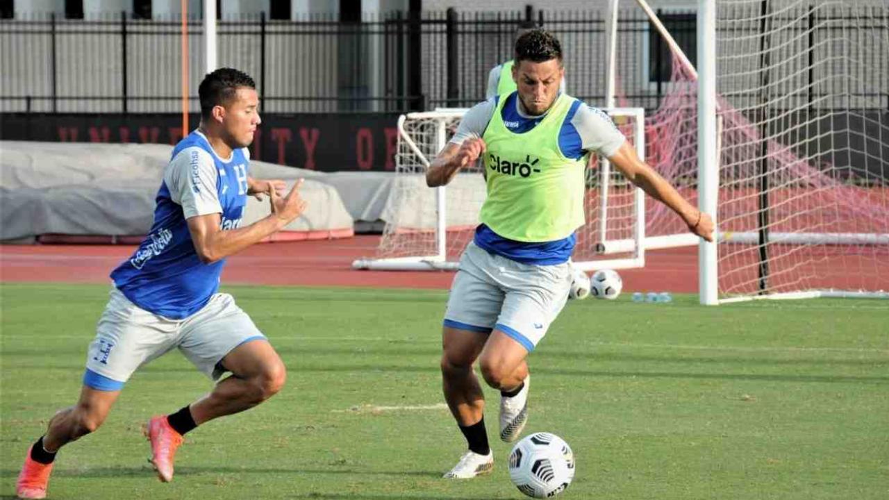 Tres jugadores hondureños dan positivo a covid previo al duelo ante México de la Copa Oro