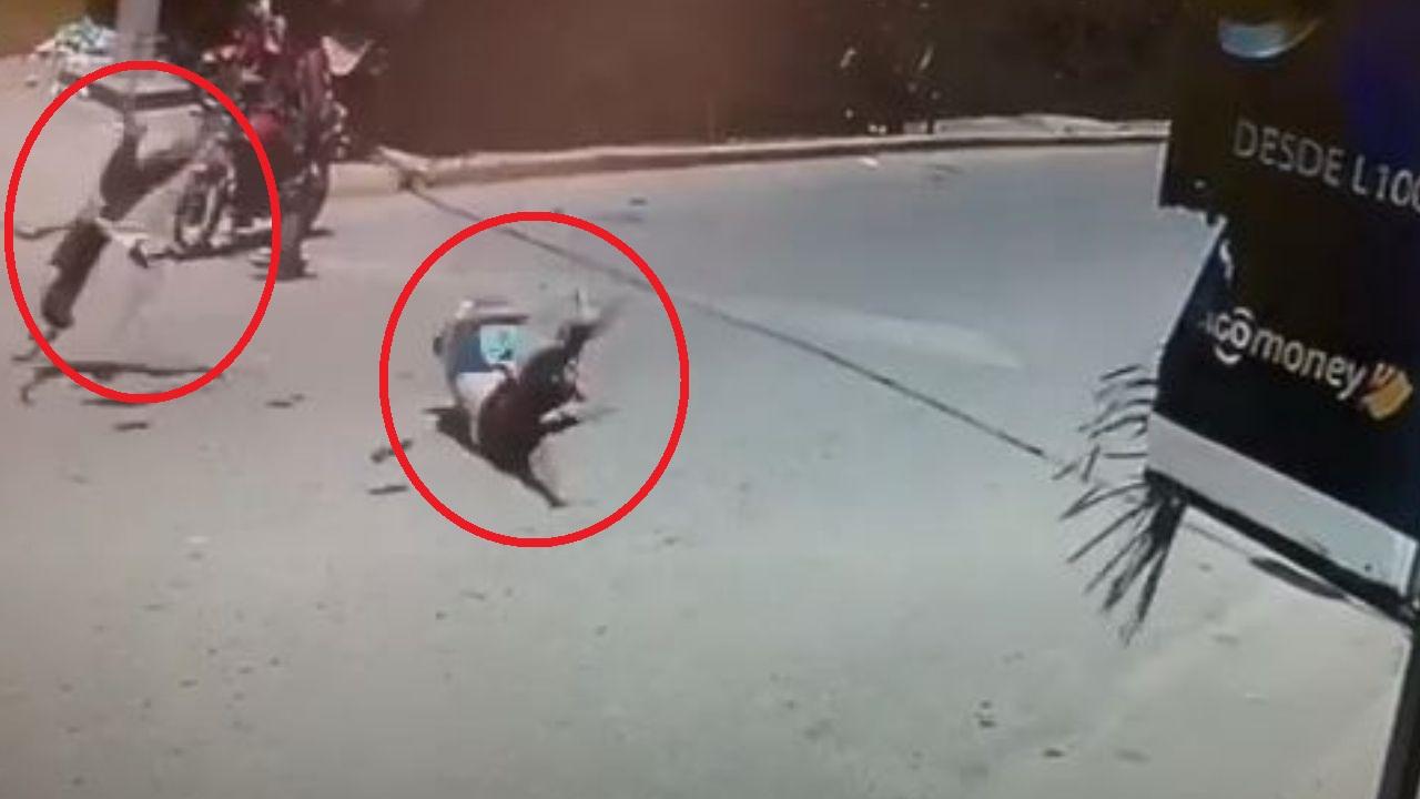 ¡Impactante video! Menor hondureño atropella a abogada: él murió y ella se encuentra grave