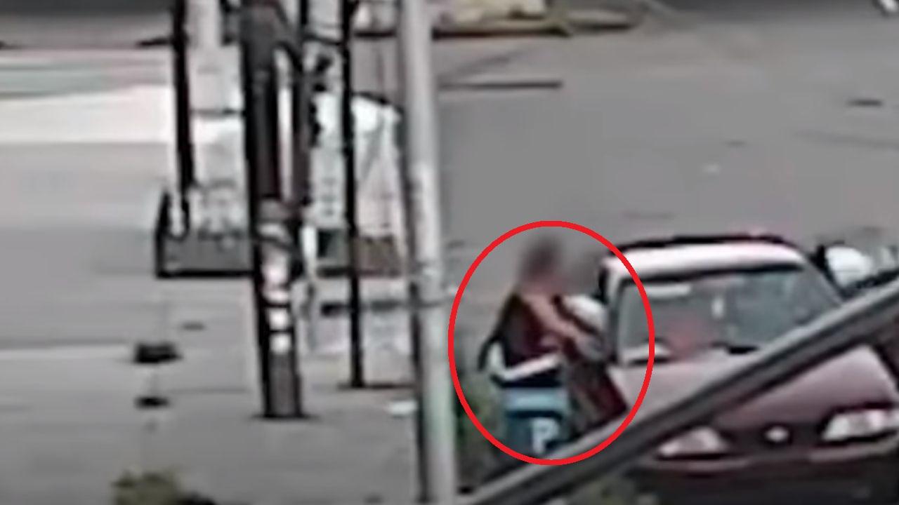 Hombre intenta secuestrar a un niño en Nueva York, pero su madre evita que se lo lleven, mira lo que hizo
