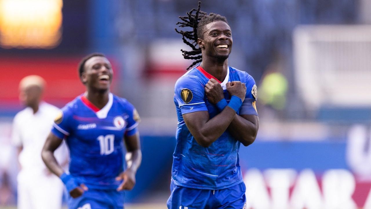 Haití gana el duelo caribeño contra Martinica y se despide de la Copa Oro con victoria