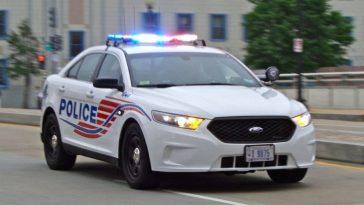 policia persigue a sujeto con covid