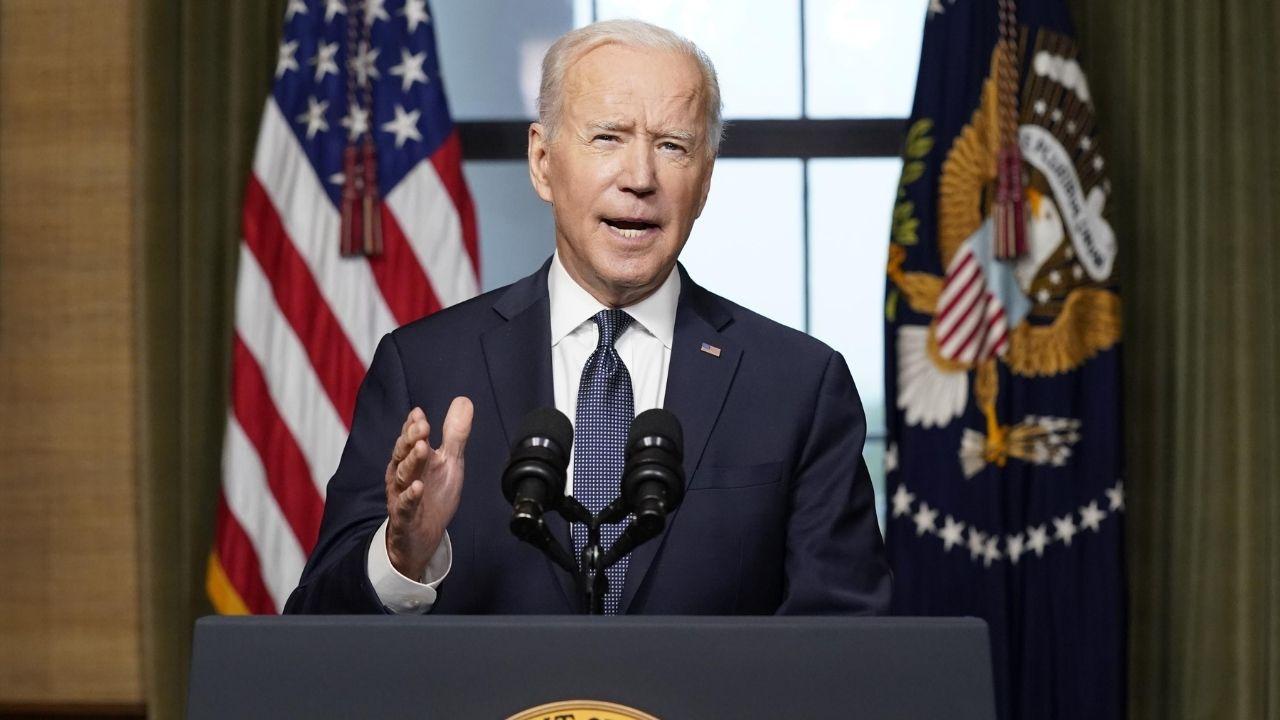 Estados Unidos sacó por vía aérea de Afganistán a 7 mil personas