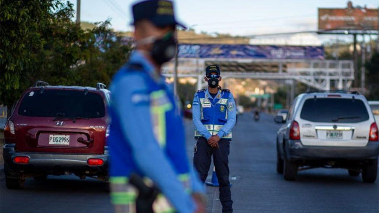 Extienden toque de queda en Honduras por una semana ante ola de casos covid-19