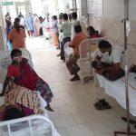 pacientes en la india en centro hospitalario