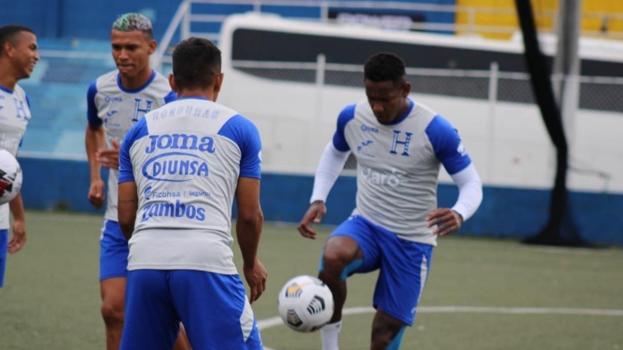 Honduras ante El Salvador en el Cuscatlán por la jornada 2 del octogonal de Concacaf