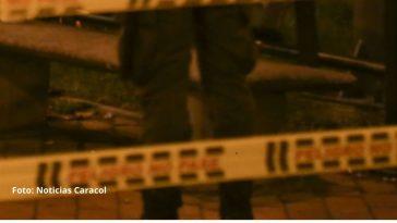 dos hermanas asesinaron apuñaladas a un vecino