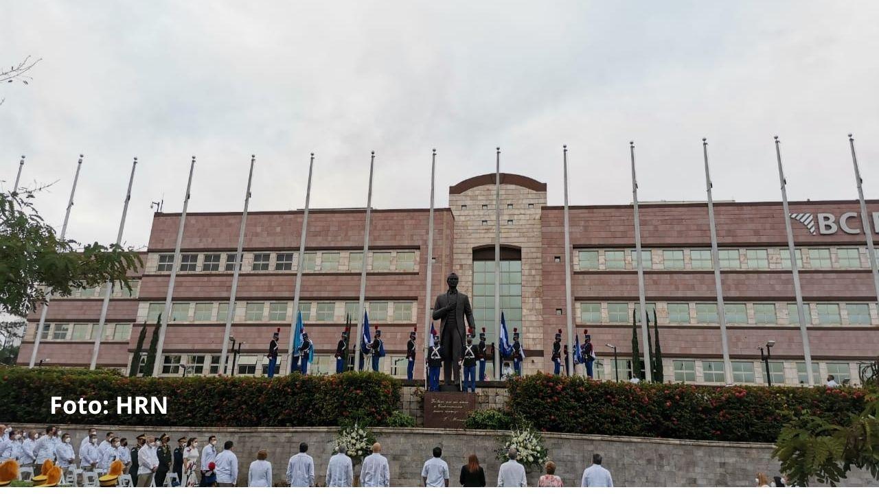 Editorial HRN: Celebramos el Bicentenario de Independencia Patria