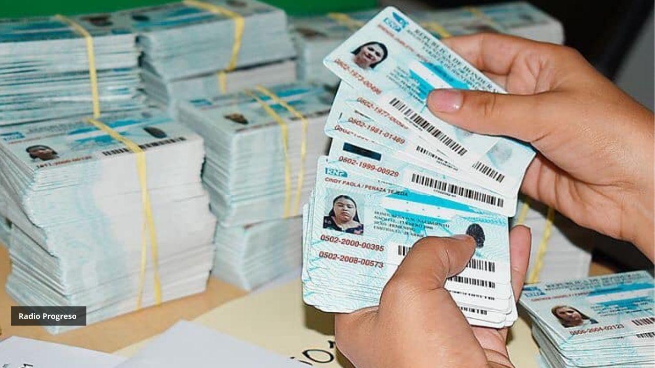 RNP: No hay justificación para seguir usando tarjeta de identidad 'vieja' a partir del 15 de octubre