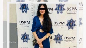 joven es detenida tras agarrar a mordida a agentes policiales