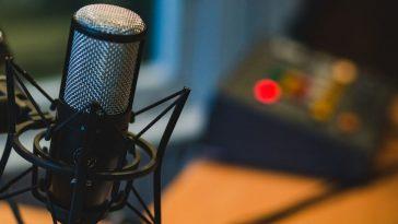 microfono en cabina radial