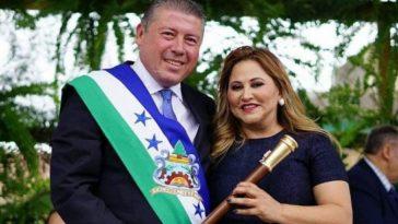 alcalde de talanga y su esposa