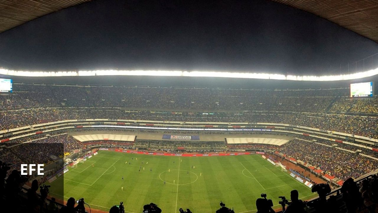 Mexicanos buscarán que el estadio Azteca pese ante La H; los boletos están al 2x1