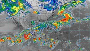 Rick ahora como huracán categoría 1, en la escala de Saffir-Simpson