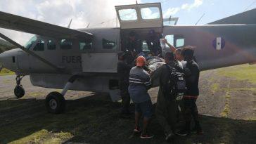 Cuatro personas resultaron heridas en el incendio.
