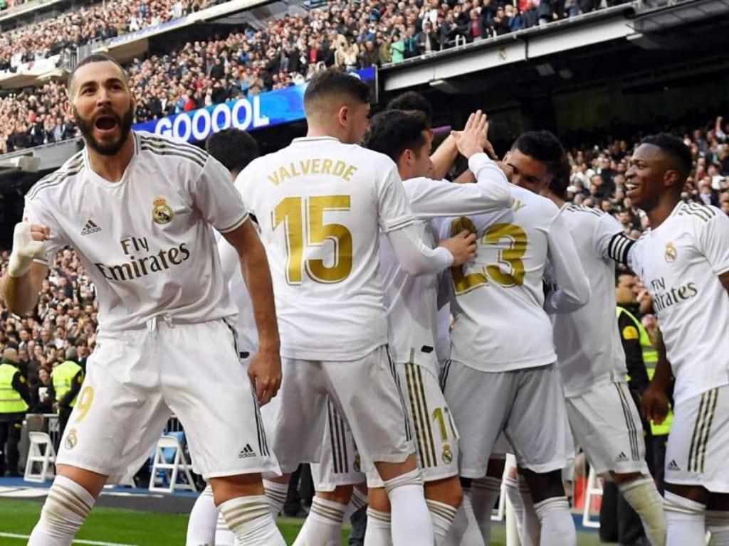 Sergio Ramos, capitán del Real Madrid, encabeza la lista de convocados por el DT francés para este encuentro