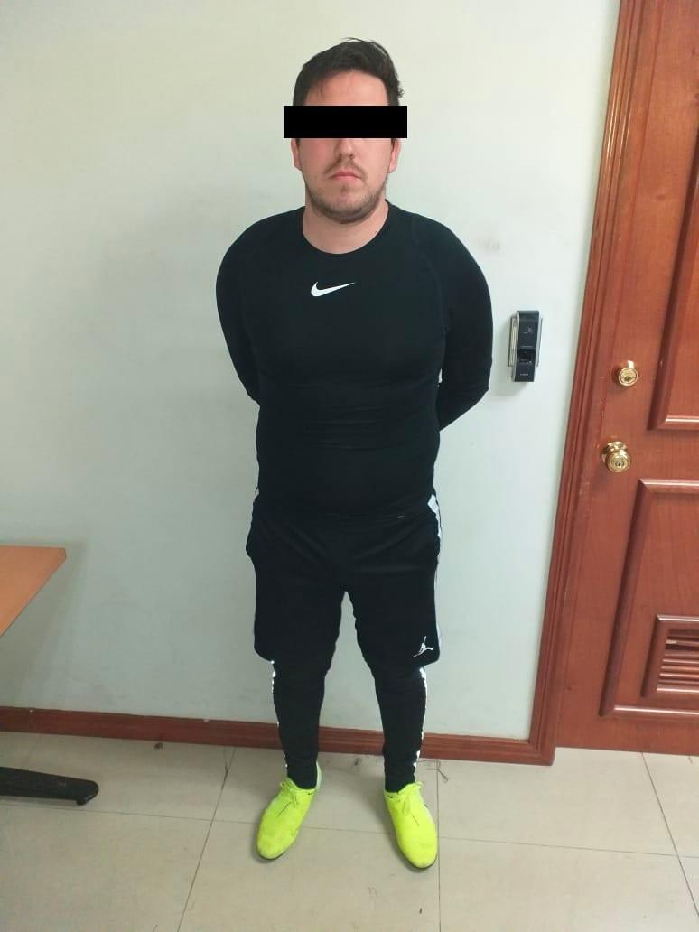 El futbolista empujó al silbante que, al caer, se golpeó fuerte la cabeza quedando inconsciente durante 15 minutos.