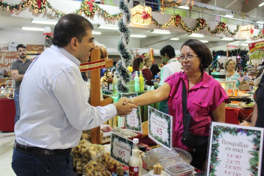 En su mensaje de despedida, destacó el apoyo a los micro y pequeños empresarios.