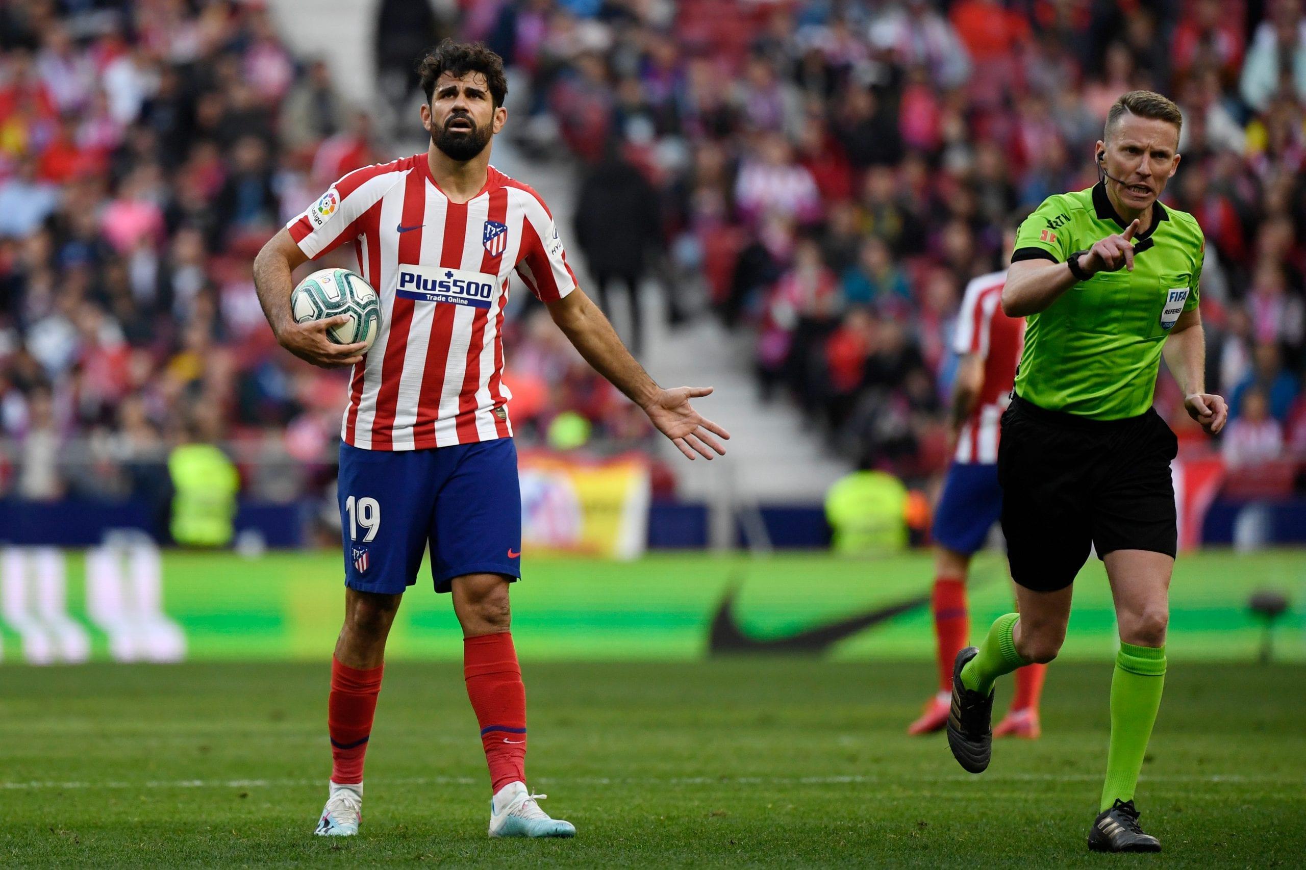 El Sevilla se mantiene con dos puntos más que el Atlético pero este sábado podría ceder su tercer puesto en beneficio del Getafe