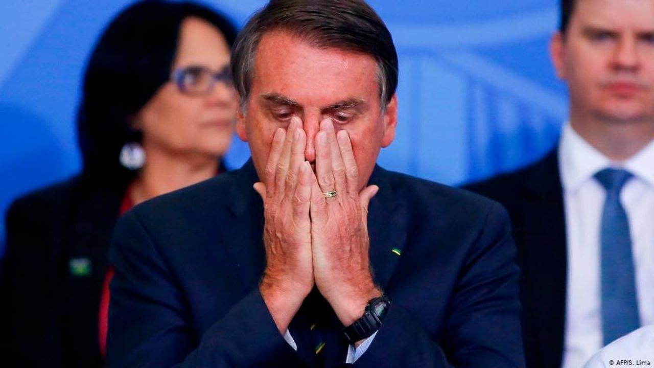 """""""Estoy usando mascarilla porque cuando regresamos de nuestro reciente viaje a Estados Unidos"""", había confirmado Bolsonaro hace unos días"""