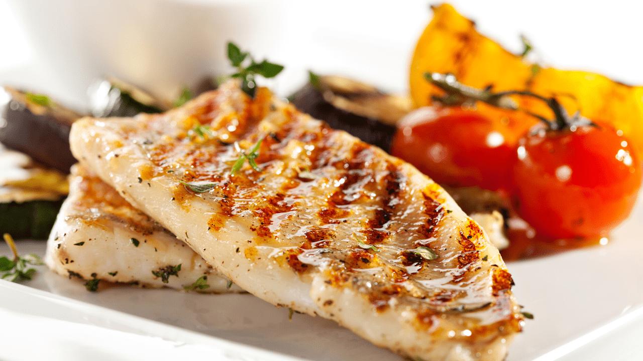 Tradicionalmente las abuelas solían decir que durante este tiempo solo pescado debemos comer. ¿Y quiénes somos nosotros para contradecir a las abuelas?