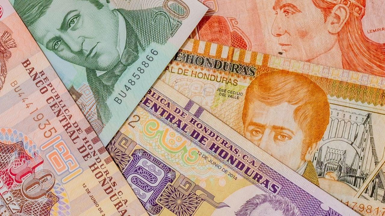 El monto sería por 550 millones de lempiras. Gobierno espera apoyo de la banca privada para refinanciar préstamos a inversionistas
