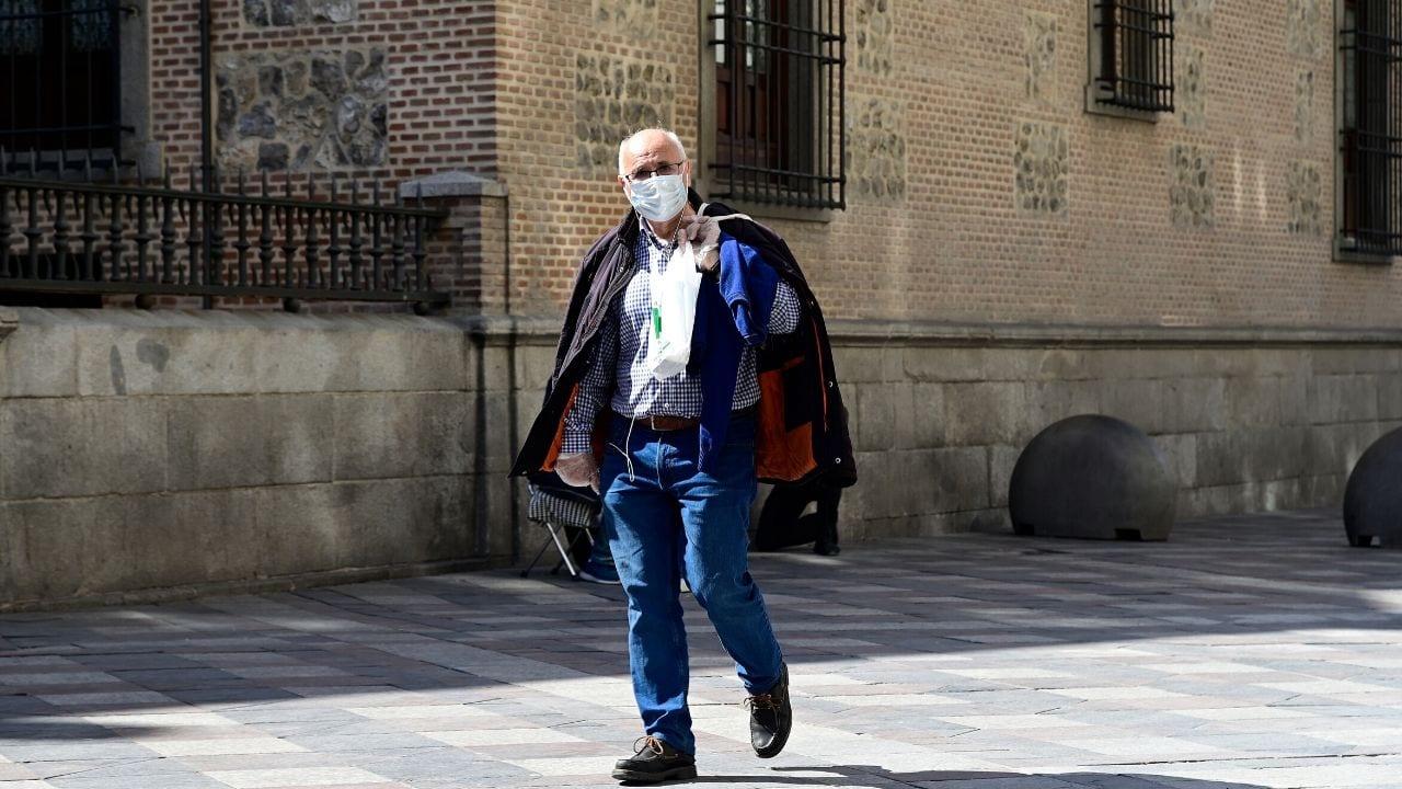 El gobierno español pone en marcha este sábado el estado de alarma para luchar contra el coronavirus en este país, el segundo más castigado de Europa