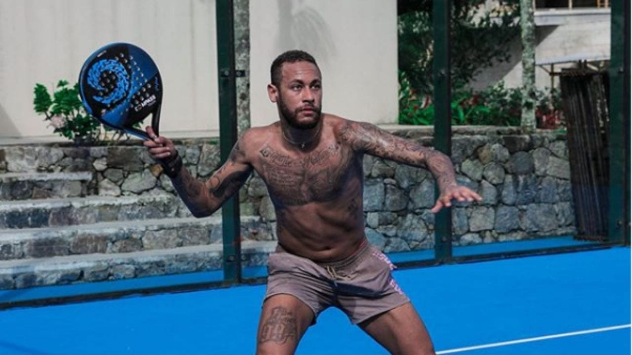 Neymar ha ignorado estas medidas de seguridad al continuar socializándose con amigos