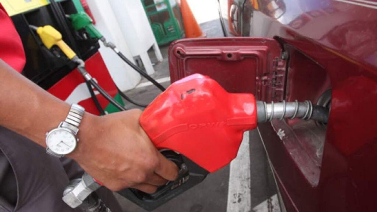 Los carburantes presentan una leva baja en su costo en Tegucigalpa y San Pedro Sula, de acuerdo con la tabla de precios