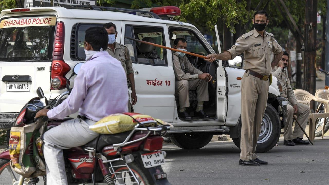 Bloqueo total en India, donde se registran diez fallecidos por el nuevo coronavirus.
